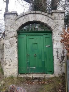 Finden Sie Türen und öffnen Sie diese